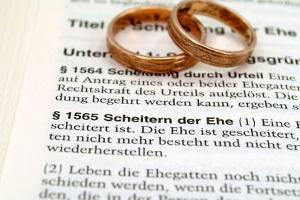 Wird die Scheidung mit einem Ehevertrag wirklich einfacher?